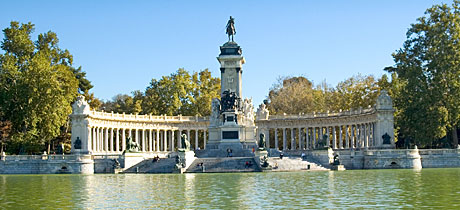 Parque del retiro enganchat a madrid for Parque del retiro madrid